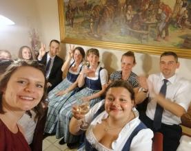 Hochzeit-Sabine-und-Lukas-Musikverein-Pregarten-HochzeitsBraut-stehlen